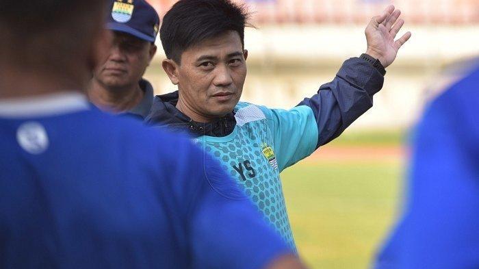 Pelatih Fisik Persib Bandung Yaya Sunarya