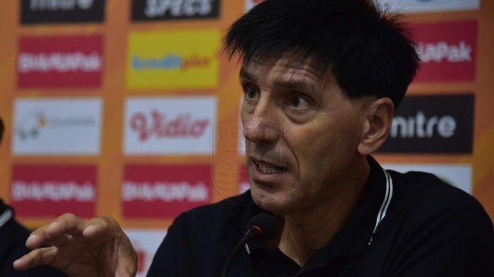 Milan Petrovic Senang Perseru Badak Lampung FC Tak Alami Kekalahan di Laga Kandang Lawan Persib