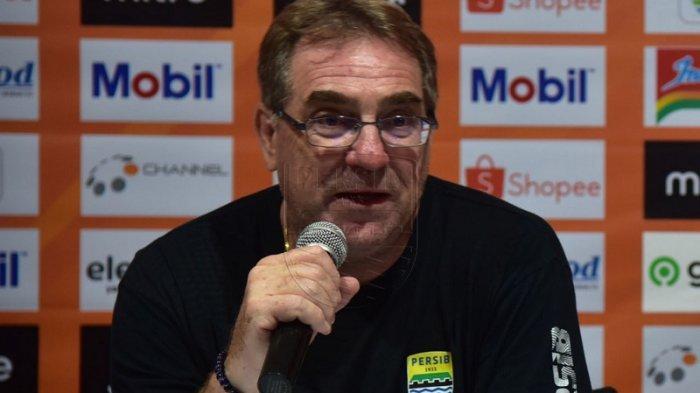 Status Pelatih Persib Bandung Robert Alberts Setelah Liga 1 2020 Dihentikan Diungkap Direktur PT PBB
