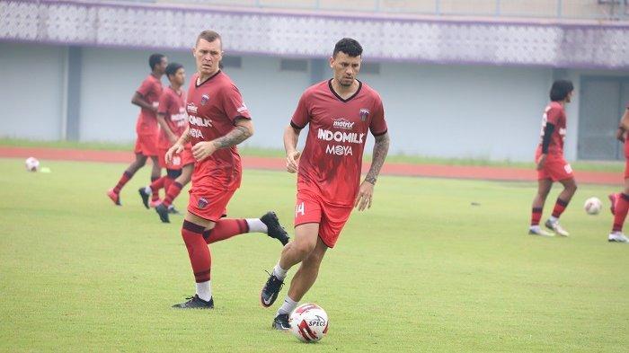 Pelatih Widodo Cahyono Putro Berharap Empat Pemain Anyar Persita Tangerang Bisa Cepat Beradaptasi