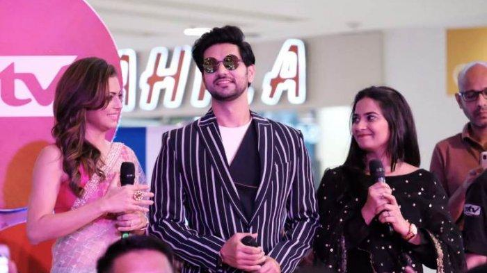 Tidak Hanya Menemui Penggemar, Tiga Bintang Serial India Ini juga Mendatangi Panti Asuhan di Jakarta