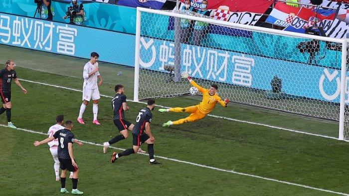 Babak Pertama Kroasia Vs Spanyol 1-1, Unai Simon Blunder, Pablo Sarabia Samakan Kedudukan