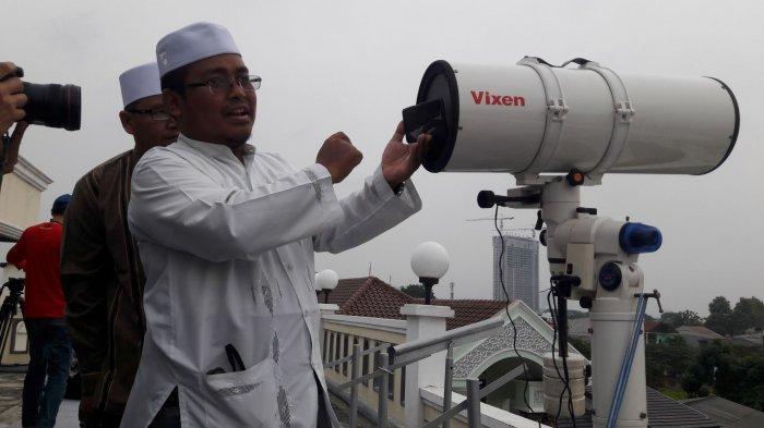Pemantauan Hilal di  Masjid Musyari'in, Kembangan, Jakarta Barat,