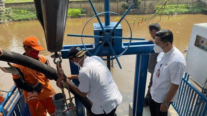 Sudah Mulai Musim Hujan,Seluruh Pompa Air di wilayah Jakarta Pusat  Masih dalam Tahap Perbaikan.