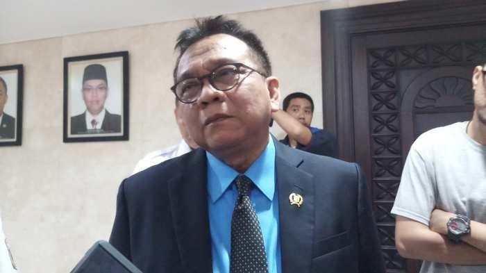 Taufik Targetkan Pembahasan Tarif Kereta MRT Rampung Pekan Ini