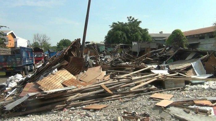 Bangungan Liar Dibongkar di Sunter Jakarta Utara untuk Lintasan Lari dan Saluran Air