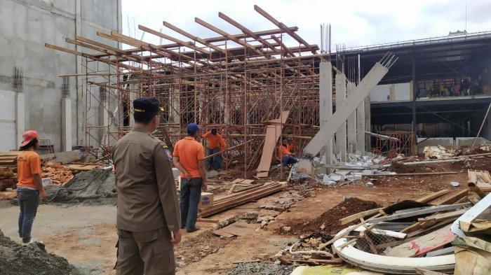 Terbukti Langgar IMB, Bangunan Raksasa di Kebayoran Lama Dibongkar Paksa Satpol PP Jaksel