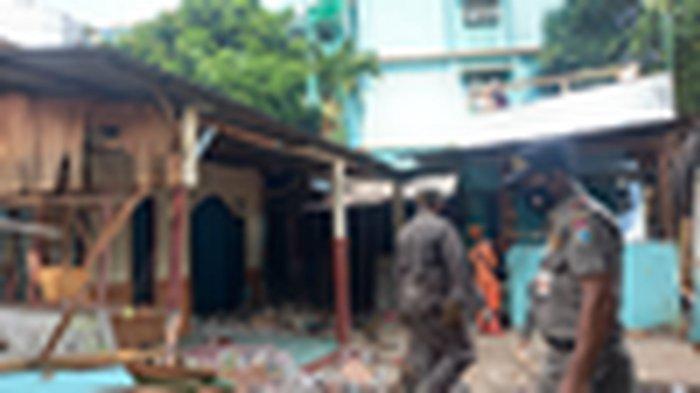Lahan Pembongkaran 9 Bangunan di Bantaran Kali Ciliwung Nantinya Dibangun Pengolahan Limbah Medis