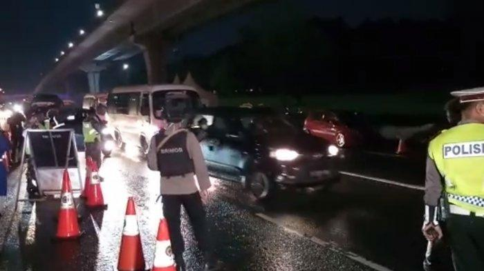 VIDEO: Petugas Memperketat Pemeriksaan Kendaraan Masuk Ibukota, Wajib Punya Surat Izin