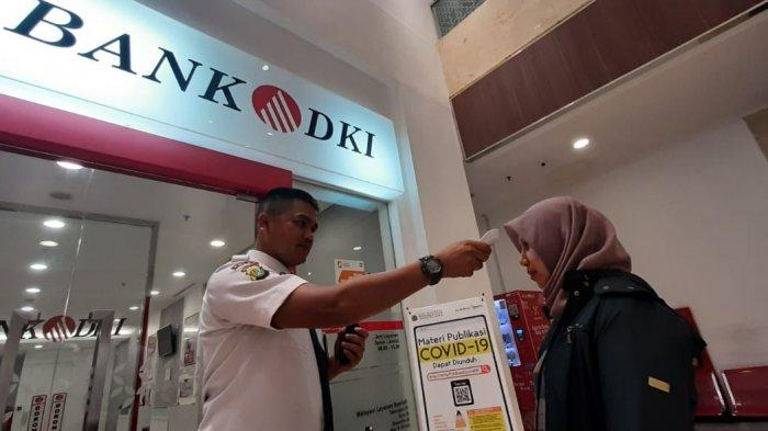 Bank DKI Distribusikan 42.265 Kartu untuk Warga Prasejahtera