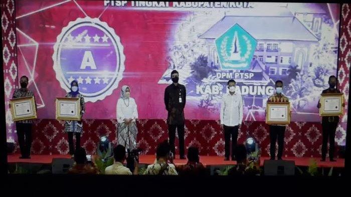 Peringatan Isra Miraj, Pemkot Bogor Raih Penghargaan Pelayanan Publik dari Kemenpan RB