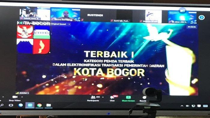 Pemkot Bogor Sabet Tiga Penghargaan, Terbaik 1 dalam Elektronifikasi Transaksi Pemerintah Daerah
