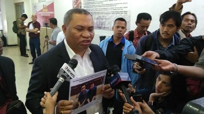 Merasa Dikriminalisasi KPK, Gubernur Papua Bakal Mengadu ke Komisi III DPR