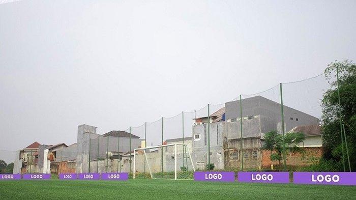 Demi Bantu Produk atau Brand dari UMKM, Persita Tangerang Pasang Display A-Board di Lapangan Latihan
