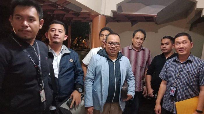 Polisi Tahan Mustofa Nahrawardaya, Kuasa Hukum Ajukan Penangguhan Penahanan
