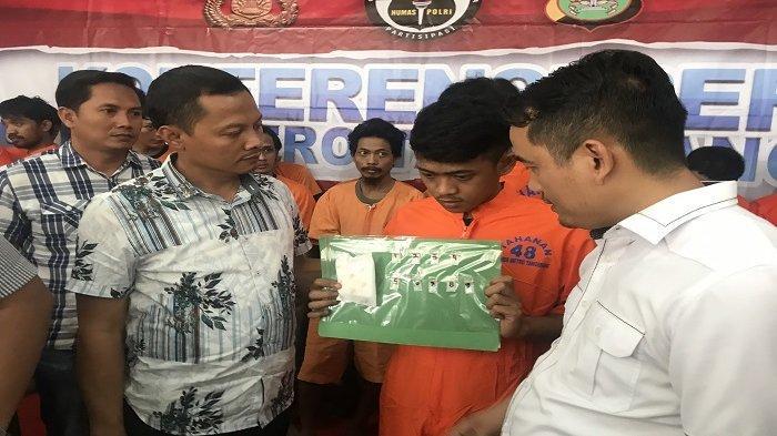 Sembunyikan Sabu di Dalam Pembalut Wanita, Pria di Tangerang Dijaring Petugas