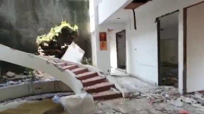 Viral Maling Satroni Rumah Mewah, Semua Ludes Termasuk Keramik, Kusen Pintu di Kedoya Jakarta Barat