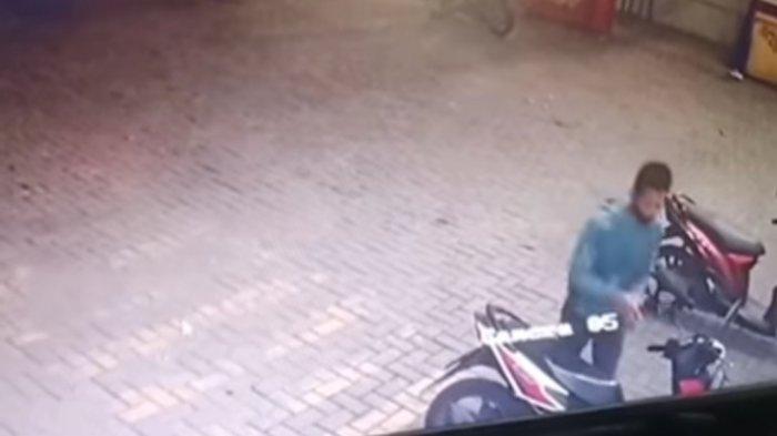 Aksi Pencurian Sepeda Motor di Kalideres Terekam Kamera CCTV, Videonya Viral di Media Sosial