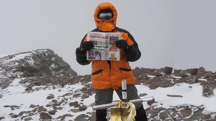 Sepuluh Tahun Pendakian Gunung Aconcagua (5): Mencapai Puncak Lalu Dikepung Badai