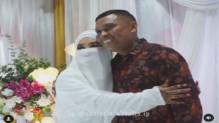 BIKIN HARU, Pendeta Datang ke Pernikahan Putrinya yang telah Bercadar, Tak Bisa Jadi Walinya