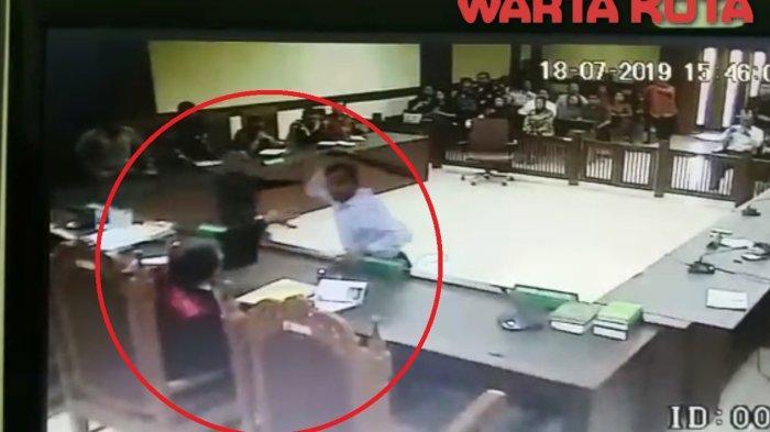 Ini Alasan Pengacara Tomy Winata Marah Lalu Aniaya Hakim, Besok Sidang Perdana