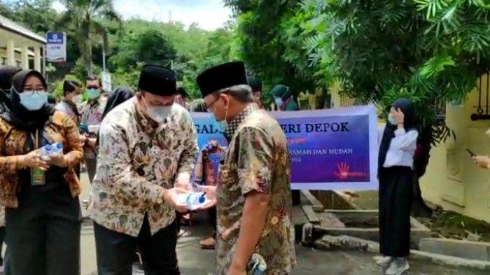 Pengadilan Negeri Depok gelar public campaign sebagai wujud menuju zona bebas korupsi di Kantor PN Depok, Jawa Barat, Jumat (12/3/2021).