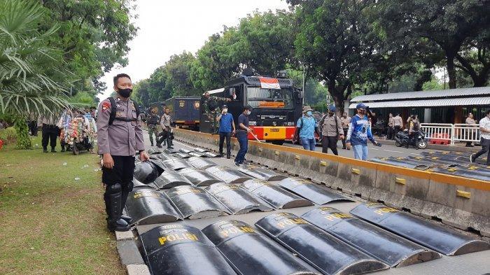 Mahasiswa Kembali Gelar Unjuk Rasa Siang Ini, 8.000 Personel Gabungan Dikerahkan