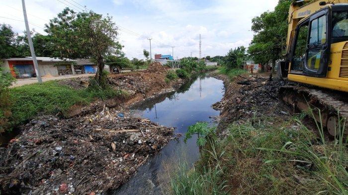 Tim Biawak Angkut 5 Ton Sampah di Kali Jambe, Mayoritas Berisi Sampah Kayu dan Barang Rumah Tangga
