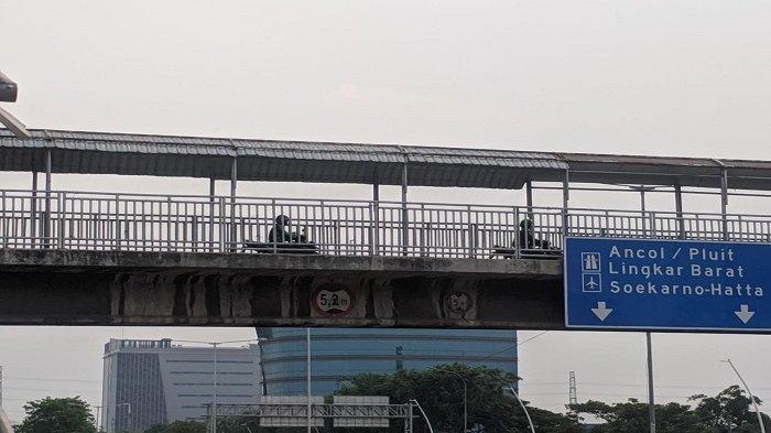 Cegah Pemotor Melintas, JPO di Dekat Kantor Sudinhub Jakut akan Dipasangi Tiang Penghalang