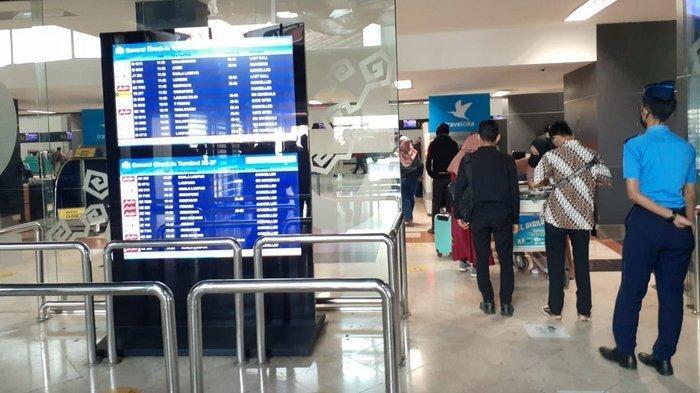 Pengguna Jasa Bandara Soetta Kecewa Berat Sejumlah Penerbangan Dibatalkan