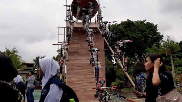 Pengunjung Atlantis Water Adventures Bisa Dapat Undian Puluhan Sepeda