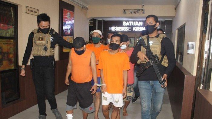 Begal Sepeda Ditembak Polisi, Sudah Beraksi 25 Kali di Jakarta Barat Incar Ponsel