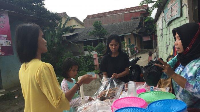 Tak Seperti Tahun Lalu Aktivitas Dibatasi Pada Ramadan Tahun Ini Pedagang Takjil Senang Bisa Jualan