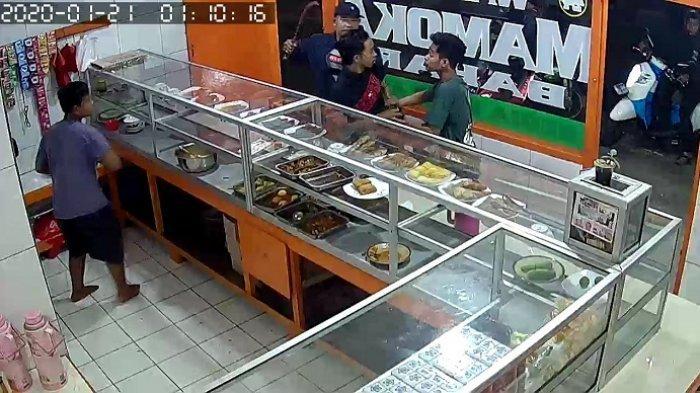 Komplotan Penodong Driver Ojol di Warung Makan Belum Ditangkap, Foto yang Beredar di Medsos Hoaks
