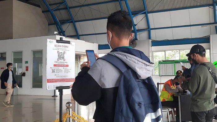 Peduli Lindungi & Sertifikat Vaksin Jadi Syarat Perjalanan, KRL Kini Beroperasi 04.00-22.00 WIB