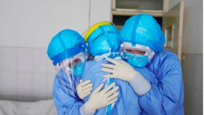 Surat dari Anies Baswedan Bikin Mewek Petugas Medis yang Merawat Pasien Corona