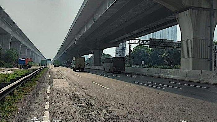 PT Jasa Marga akan Perbaiki Jalan di KM 31 Ruas Tol Jakarta Cikampek Arah Jakarta