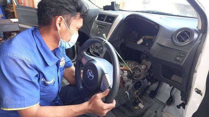 Pemilik Bengkel di Kebayoran Baru Berikan Tips Jangan Lakukan Hal Ini Saat Mobil Terendam Banjir