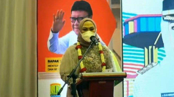 Cellica Nurachadiana Optimistis Warga Karawang Sudah Tervaksinasi Hingga Akhir Tahun, Ini Alasannya