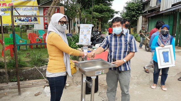 Peringatan HUT ke-1 Forum UMKM RW 08 Waringin Jaya, Bojonggede, Kabupaten Bogor pada Minggu (3/1/2021)