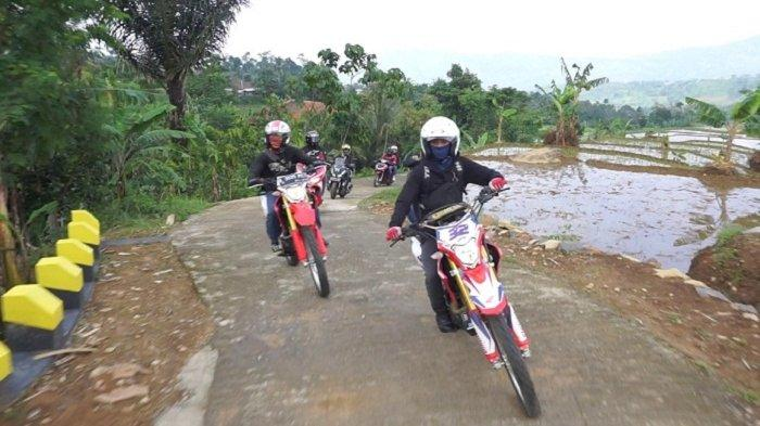 Komunitas Honda, Uji Ketangguhan Honda CRF150L Sambil Belajar Bikin Video dengan Smartphone