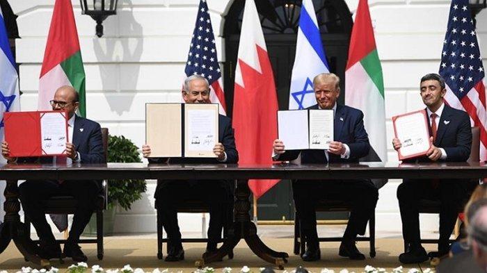 Perjanjian damai UEA, Bahrain, dengan Israel di Washington, Selasa, 15 September 2020, yang diperantarai oleh Presiden Donald Trump