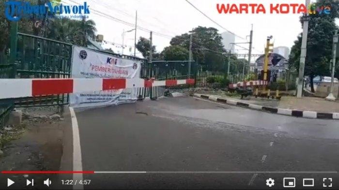 VIDEO Perlintasan Sebidang Rel Kereta di Palmerah Ditutup Permanen, Arus Lalin Ramai Lancar