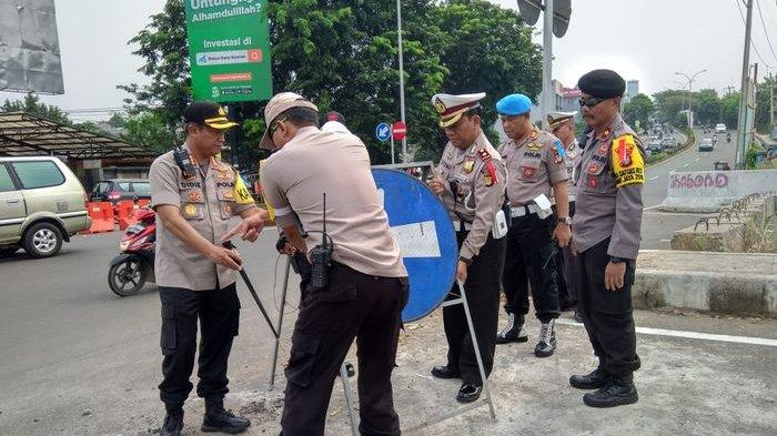 Polresta Depok Buru Panitia Turnamen Sepak Bola di Bojongsari yang Dibubarkan dan Disegel Petugas