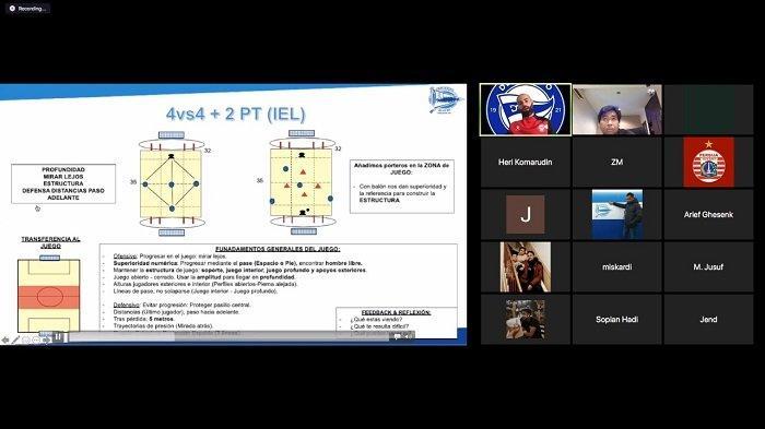 Para Pelatih Dalam Negeri Dapat Ilmu dari Direktur Pemrograman Akademi Deportivo AlavesJavi Cabrera