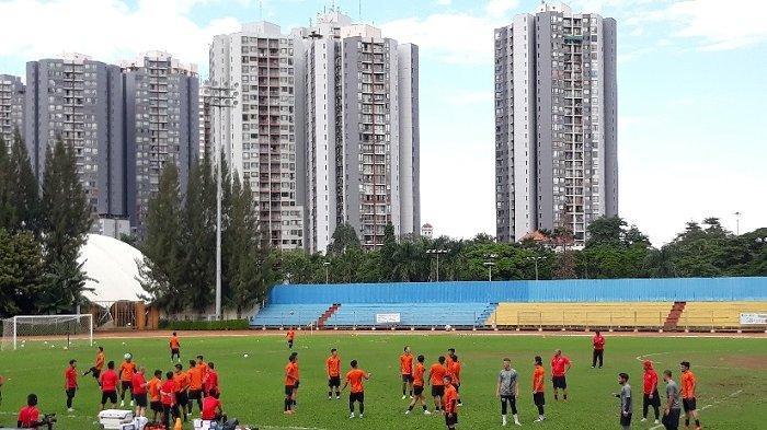 Lapangan PSAU Direnovasi, Persija Jakarta Gelar Latihan di Stadion Soemantri Brodjonegoro Kuningan