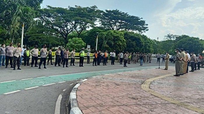 Jakarta Barat Siagakan 350 Personel Agar Tak Terjadi Berkerumun seperti di Pasar Tanah Abang