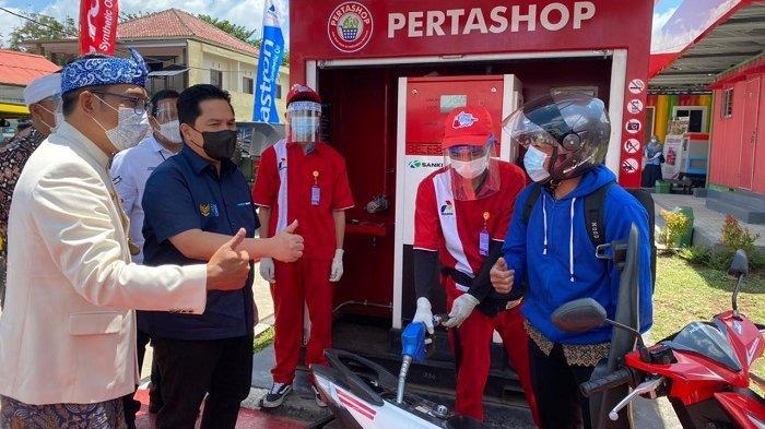 Menteri Erick Thohir dan Gubernur Ridwan Kamil Tinjau Pertashop di Lembang