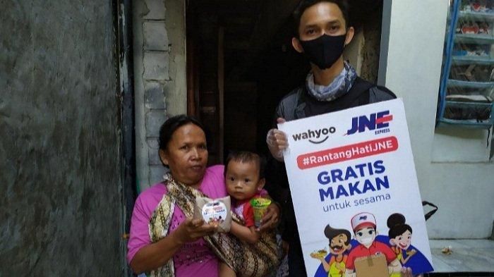 Gandeng Wahyoo, JNE Beri Makanan Gratis kepada Puluhan Ribu Warga Jakarta