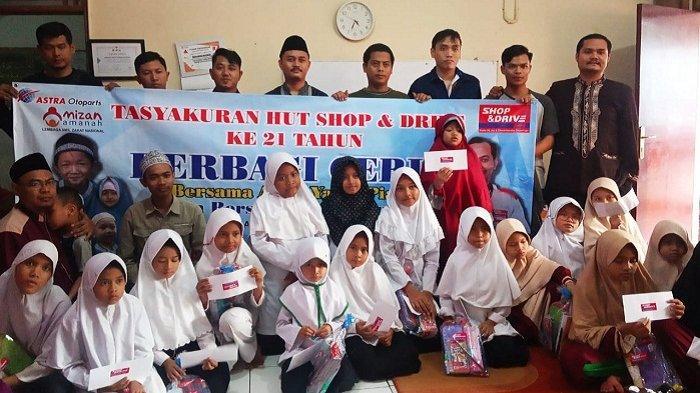 Shop & Drive Jakarta Selatan dan Timur Berbagi Kebahagiaan dengan Anak Yatim di Mizan Amanah